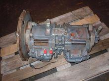 Excavator Spare Parts : Pompa i
