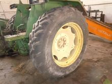 Tractor part : Gomme post. e ce