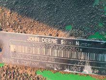 2001 John Deere 2700 101984