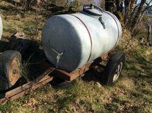 1990 Ronot Tonne à eau 1000 L W