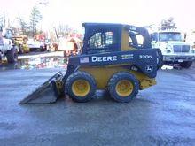2010 DEERE 320D