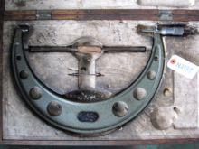 Mitutoyo OM-275