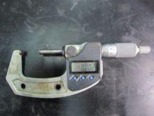 Mitutoyo outer digital micromet