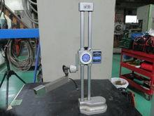 Mitutoyo height gauge