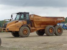 2003 CASE 330