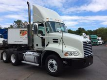 Used 2006 Mack CX613