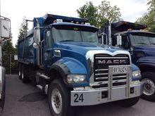 2013 Mack GU713