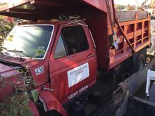1986 INOPERABLE FORD CF7000 780