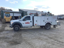 2011 FORD F550 956H