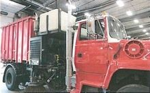 1997 Ford LN8000 Sweeper