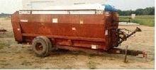 1980 Oswalt 300 TRM Feed Wagon