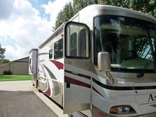 2006 Damon Motor Coach Astoria