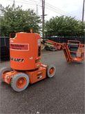 Used 1999 JLG E300AJ