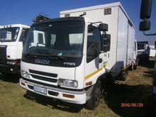 2010 Isuzu FRR500