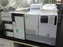 Used Shimadzu HPLC f