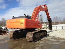 2003 Hitachi Zaxis 370 MTH with
