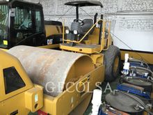 2010 CATERPILLAR CS-533E