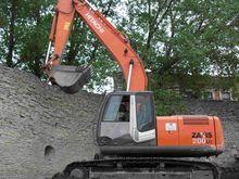 2010 HITACHI ZX200LC-3