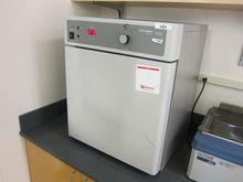 VWR Scientific 1525 incubator