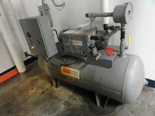 Busch Vacuum System w/ RC0100.E