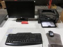 HP Pavillion Computer w/ Keyboa