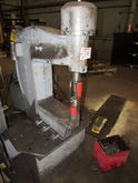 WA Whitney 805-498 100 Ton Hydr