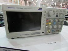 Tektronix TBS 1052B Digital Osc