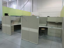4 Work Unit Cubicle with 8'x8'