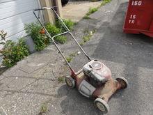 Craftsman Push Mower w/ Briggs