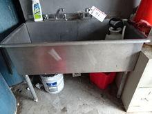 Aero Mfg Single Basin Stainless