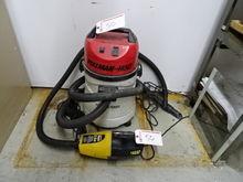 Pullman Holt Wet Dry Vac/Hepa F