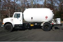 1994 ARROW STEEL PROPANE TRUCK: