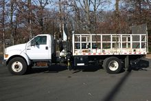 2006 FORD F750 SD with PM 10023