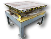 "48"" X 60"" AUTOQUIP LIFT TABLE 3"