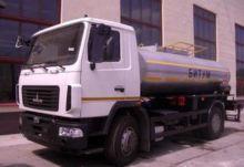 MAZ MK-7 asphalt distributor