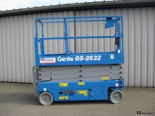 2017 GENIE GS-2632 scissor lift