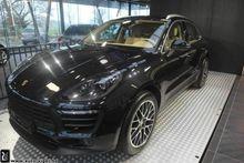 2015 Porsche Macan passenger va