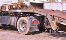 1991 CASTERA low bed semi-trail