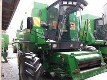 JOHN DEERE 1170 combine-harvest