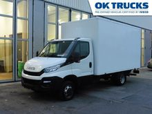 2015 IVECO Daily closed box tru