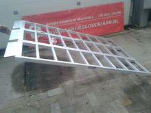 RIJPLANK 850 kg mobile yard ram