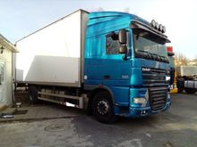 2011 DAF FAXF105.460 closed box