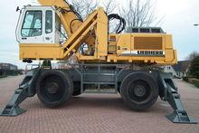2004 LIEBHERR A954B HD material