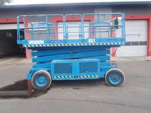 2001 UPRIGHT LX41 scissor lift
