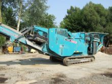 2010 POWERSCREEN XH250 crushing
