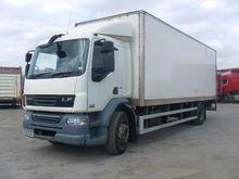 DAF LF55.220 closed box truck b