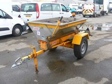 LOGIC GDS250 gritter by auction