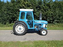 1987 FORD 4610 vineyard tractor