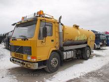 1990 VOLVO FL10 210kW tank truc