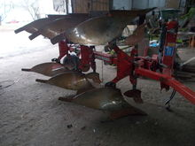 KVERNELAND LI reversible plough